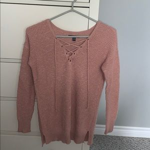long sleeve warm top. from american eagle!